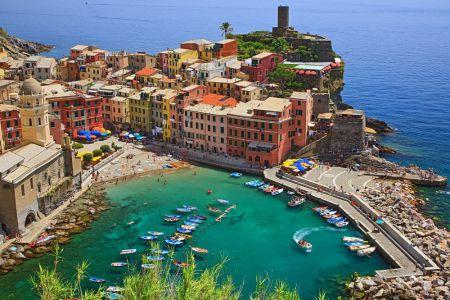 Vernazza-Cinque-Terre-Italy.jpg